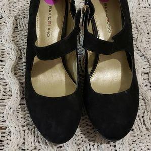 Bandolino Beautiful shoes size 8.5
